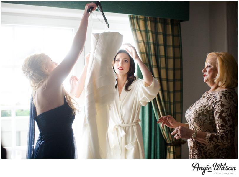 vail_wedding_gettingready_bride3